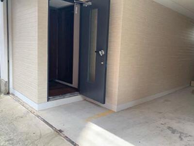 防音レンタル音楽スタジオ「クロスタ」(福岡市)の入口写真